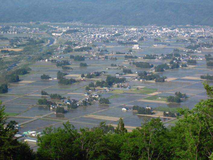 新緑を楽しむ熊野山トレッキング「はぎ苑」宿泊プラン