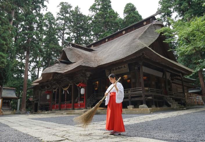 縁結びの神 熊野大社で巫女体験