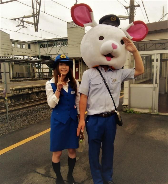 『ペア限定』フラワー長井線で行く駅近1分巡りツアー(昼食付)
