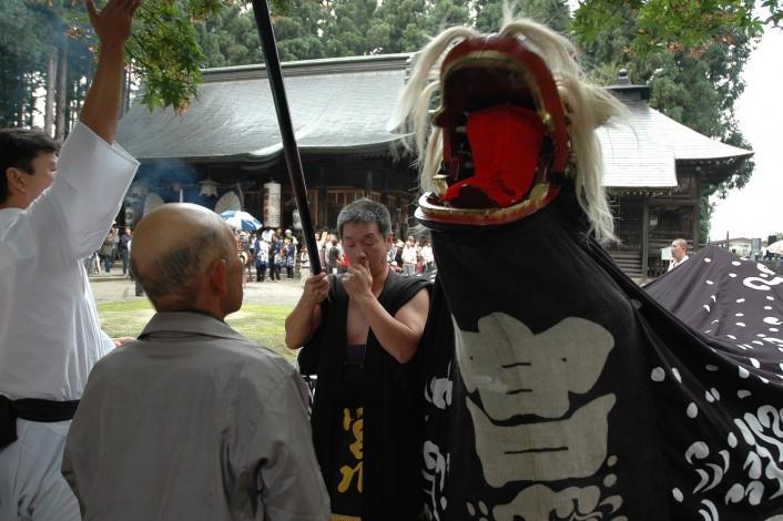食・歴史・伝統に触れる旅。長井一の宮 總宮神社の例大祭見学ツアー!